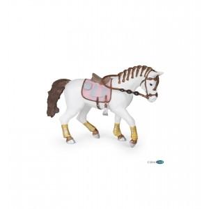 Лошадь Раро 51525 с заплетенной гривой
