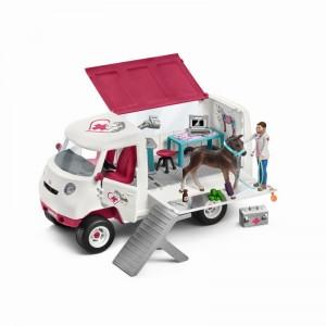 Девушка ветеринар в фургоне с ганноверским жеребенком Schleich 42370